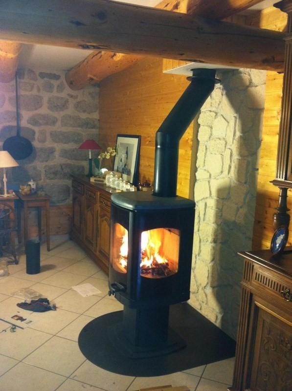 les diff rences entre un po le bois et un po le granul s lpc chauffage. Black Bedroom Furniture Sets. Home Design Ideas